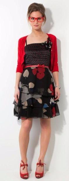 https://www.marktplaats.nl/a/kleding-dames/merkkleding-jurken/m1206300473-leuke-zwart-rood-beige-blauwe-steps-jurk.html?c=8c285449651fa109c354bbabe740c1b