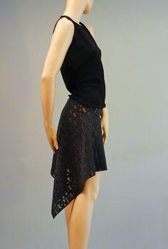 NIKAY - Kleid - schwarz - kurz von TAF wo/man auf DaWanda.com