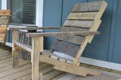 Tuinstoel gemaakt van pallet gepind van welke.nl De handleiding voor het maken van een pallethouten deckchair die we vonden op Houzz.com. Volgens de handleiding ben je zo'n 2 tot 4 uur bezig met het maken van een stoel, al is dat natuurlijk ook afhankelijk van de hoeveelheid ervaring die je hebt.