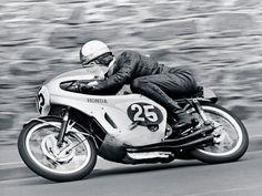 "Mike ""The Bike"" Hailwood ------ Honda RC181 - 1966"
