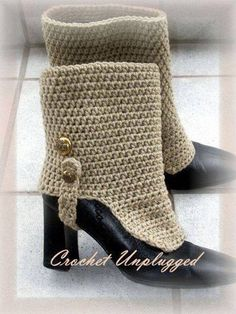 Pinned for inspiration. Crocheted spats Look of Linen Throwback Gaiters - Made to Order Crochet Leg Warmers, Crochet Boot Cuffs, Crochet Boots, Crochet Slippers, Guêtres Au Crochet, Crochet Rings, Crochet Headbands, Knit Headband, Baby Headbands
