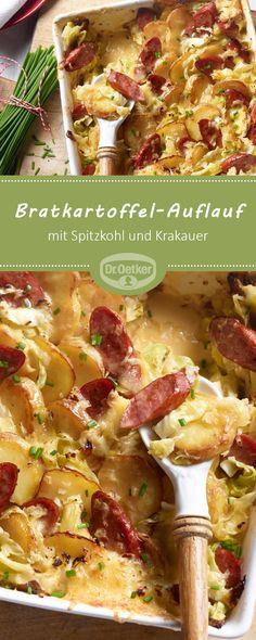 Bratkartoffel-Auflauf: Deftiger Auflauf mit Spitzkohl und Krakauer.
