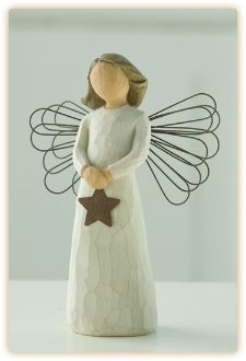 The WIllow Tree Collection. 'Angel of Light' - Shining A light of Happiness Height Willow Tree is an intimate line of figurative sculpture - Collectables and China Products - perfect for gifts and collectors. Willow Tree Engel, Willow Tree Figuren, Willow Figurines, Willow Tree Nativity, Tree People, I Believe In Angels, Tree Sculpture, Noel Christmas, Christmas Nativity
