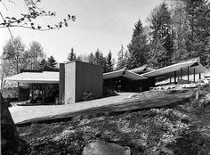 Forrest Residence  Location: West Vancouver  Architect: Ron Thom  Year: 1963  Photo: Selwyn Pullan