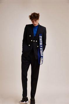 Name of the brand Staffonly Studio Name of the designers Fashion Week, High Fashion, Fashion Show, Fashion Looks, Mens Fashion, Fashion Outfits, Fashion Trends, Fashion Details, Fashion Design