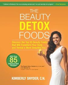 The Beauty Detox Foods: Discover the Top 50 Beauty Foods That Will Transform Your Body and Reveal a More Beautiful You - Beauty Detox Foods is finally out today! 2 years of hard work and research so I could share my top 50 beauty foods and over 87 gluten Health And Wellness, Health And Beauty, Health Fitness, Health Tips, Health Book, Weight Loss Smoothies, Healthy Smoothies, Green Smoothies, Detox Smoothies