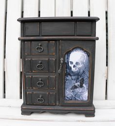 Home Decor Items, Decorative Items, Upcycle, Oxford, Shabby, Chic, Antiques, Creative, Painting
