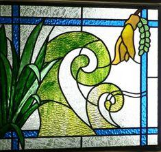 Maori symbol The Koru, symbolizing famlly love & friendship. Based on the Koru Fern.