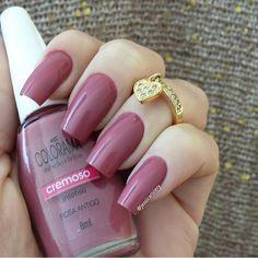 """""""Rosa Antigo"""" Gorgeous Nails, Pretty Nails, Pedicure Colors, Manicure Pedicure, Nail Remover, Nail Ring, Nail Polish Colors, Toe Nails, Nails Inspiration"""