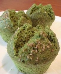 This matcha steamed bread with a subtle aroma of sesame is chewy and moist. It's a healthy recipe that doesn't use any oil or eggs.