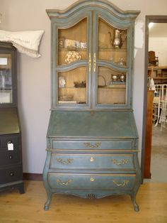 Aubusson Blue & Duck egg Blue Annie Sloan Chalk Paint™ Decorative Paint (clouded stipple technique)  French linen inside w/ dark wax and gold accents