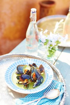 Beauty, Fashion, Recipes & Entertaining ideas for smart, confident women - Red magazine Summer Lunch Recipes, Uk Magazines, Confident Woman, Mussels, Fish And Seafood, Appetizers, Coconut, Eat, Snacks