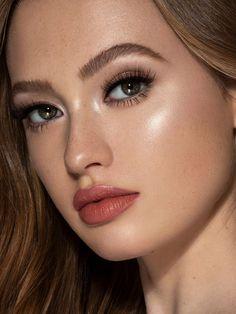 The Best Summer Makeup Tips – Beauty Life Beauty Care, Beauty Skin, Beauty Hacks, Diy Beauty, Beauty Ideas, Homemade Beauty, Beauty Secrets, Beauty Guide, Face Beauty