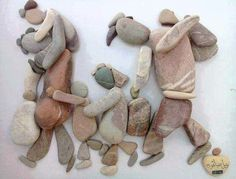 De naam van de kunstenaar is Nizar Ali Badr. Hij is een Syrische vluchteling in Nederland. The name of the artist is Nizar Ali Badr. He's a refugee from Syria in the Netherlands. Pierre Decorative, Refugee Crisis, Stone Pictures, Syrian Refugees, Assemblage Art, Art Plastique, Pebble Art, Stone Art, Famous Artists