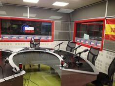 locutorio radio desde lado delantera 3