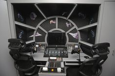 Two boys got the surprise of their lives when their dad changed their room into a Star Wars fantasy.