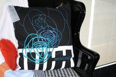 Cuscino dipinto a mano + stampa 60x60