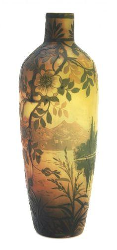 : A DeVez Cameo Glass Vase