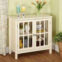 Beachcrest Home Bitmore Cabinet with Wooden Top Finish: Antique White