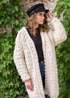 Ravelry: Snow Angel Cardigan pattern by Olivia Kent Black Crochet Dress, Crochet Cardigan Pattern, Crochet Jacket, Chunky Crochet, Sweater Knitting Patterns, Afghan Crochet Patterns, Crochet Poncho, Crochet Vests, Crochet Sweaters