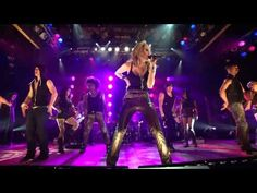 """Miley Cyrus - """"Robot"""" (Live) at The House of Blues"""