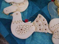 Textiles, Decoration, Dinosaur Stuffed Animal, Quilts, Gallery, Artist, Animals, Animales, Decorating