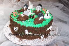 Halloween Graveyard Cake... This website is the Pinterest of birthday cake ideas
