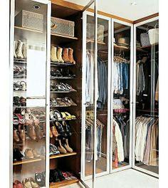 Muy ordenada y zapatos!por Depósito Santa Mariah