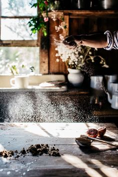 pic by Luisa Brimble - food photography with hands Food Photography Styling, Food Styling, Lifestyle Photography, Kitchen Stories, Le Chef, Slow Living, Kitchen Interior, Country Life, Cooking Tips