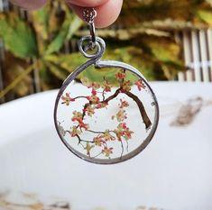 Resin Necklace, Resin Jewelry, Jewlery, Resin Art, Uv Resin, Purple Wildflowers, Diy Resin Crafts, Miniature Trees, Resin Pendant