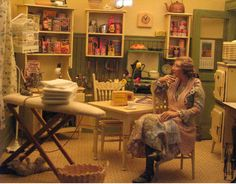 It's hard to believe this is a miniature scene! It looks so life-like! A display in the dollhouse museum in Danville Kentucky! I would love to go!