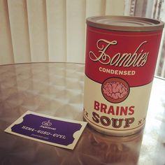 É o que tem pra hoje: Sopa de cérebros!!   #zombie