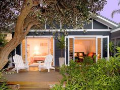 bank of French doors to platform deck note color palette Cottage in Sydney Australia Lakeside Cottage, Coastal Cottage, Cottage Homes, Exterior Color Schemes, Exterior House Colors, Beach Bungalow Exterior, White Exterior Houses, White Houses, Surf House