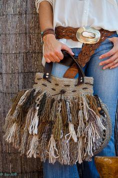 Marvelous Crochet A Shell Stitch Purse Bag Ideas. Wonderful Crochet A Shell Stitch Purse Bag Ideas. Bag Crochet, Crochet Shell Stitch, Crochet Handbags, Crochet Purses, Love Crochet, Chrochet, Crochet Hats, Purse Patterns, Crochet Patterns
