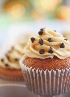 Chocolate Chip Cookie Cupcakes - Cupcakiest.net