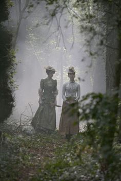 Olivia Grant & Olivia Hallinan inLark Rise to Candleford