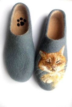 bfc69d3e81209 19 Amazing Walk Softly / Slippers / Soft Shoes and moccasins images ...