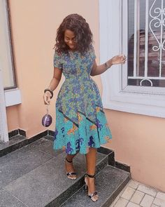 The complete pictures of latest ankara short gown styles of 2018 you've been searching for. These short ankara gown styles of 2018 are beautiful African Print Dresses, African Print Fashion, Africa Fashion, African Fashion Dresses, African Dress, Ankara Fashion, African Attire, African Wear, African Women