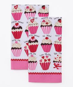 Give the kitchen some sweetly sentimental style with this set of pretty dish towels. The soft cotton is perfect for cleaning sticky fingers and faces.Includes two towelsEach tea towel: 16'' W x 26'' HCottonMachine washImported