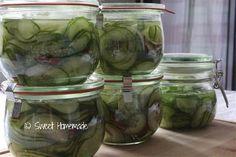Komkommers in zoet zuur