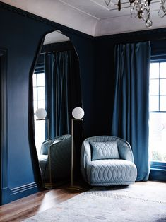 Pantone has released the interior design color trends for 2017 and the earthy tones are the winners! Be inspired by the color schemes that'll be huge next year. Colorful Interior Design, Decor Interior Design, Room Interior, Interior Design Living Room, Colorful Interiors, Modern Design, Inspiration Design, Decoration Inspiration, Interior Inspiration