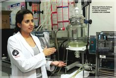 Maria Ingrid Rocha Barbosa Schiavon, coorientadora, e o óleo de mamona: cuidados com a toxidade
