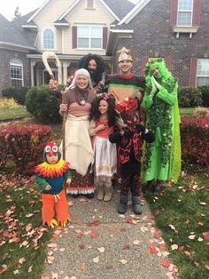 Moana Halloween Costume, Character Halloween Costumes, Family Halloween Costumes, Halloween 2020, Halloween Ideas, Mother Daughter Halloween Costumes, Moana Birthday, Poppies, Hipster