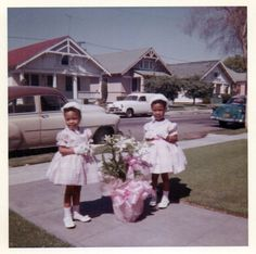 All dressed up in our brand new Easter outfits, bonnets and all, 1960s.....I love this photo!