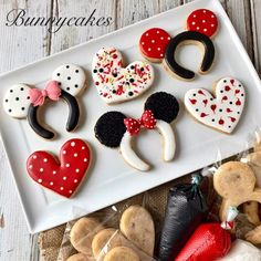 Decorating mouse ears cookies and hearts with royal icing is a great activity for kids to enjoy during quarantine or any other time DIY Cookie Kit made by Bunnycakes LLC Minnie Mouse Cookies, Disney Cookies, Sugar Cookie Royal Icing, Sugar Cookies, Cut Out Cookie Recipe, Cookie Recipes, Chistmas Cookies, Cookie Decorating Party, Birthday Desserts