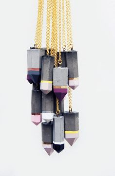 """▷ ideas on """"crafting with concrete"""" - DIY Schmuck Modern Jewelry, Unique Jewelry, Handmade Jewelry, Jewelry Design, Diy Schmuck, Schmuck Design, Cement Jewelry, Concrete Crafts, Diy Accessories"""