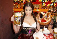 Kim Kardashian models a dirndl during a visit to the Oktoberfest beer festival… Kim Kardashian, Kardashian Photos, Oktoberfest History, German Oktoberfest, Oktoberfest Outfit, Munich Oktoberfest, Octoberfest Girls, International Beer Day, Beer Girl