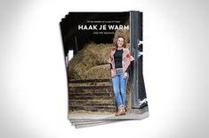 Prachtige projecten om je letterlijk en figuurlijk heerlijk warm te haken tijdens de koude dagen in de winter. Om, Cover, Books, Libros, Book, Book Illustrations, Libri