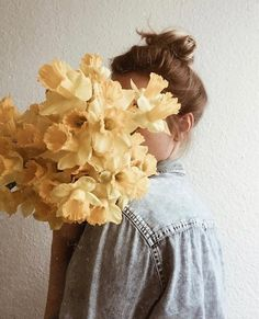 Find images and videos about girl, photography and beauty on We Heart It - the app to get lost in what you love. Spring Photography, Floral Photography, Tumblr Photography, Creative Photography, Teenage Girl Photography, Flower Aesthetic, Aesthetic Photo, Aesthetic Pictures, Portrait Photography Poses