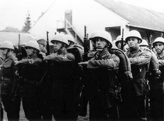 Ethnic Germans join the Slovak Army for the invasion of Poland, Sept Note the swastika armband they are wearing. Slovakia remained a loyal ally of Hitler's almost to the end. Operation Barbarossa, Invasion Of Poland, Meaningful Pictures, Ww2 Photos, Evil People, Picture Movie, The Third Reich, Military History, World War Two